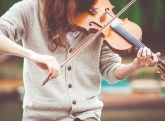Internet rend l'apprentissage de la musique beaucoup plus simple
